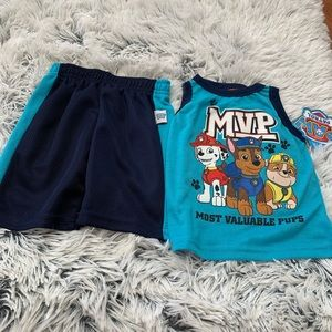 Nickelodeon Paw Patrol Outfit NWT size 18mons